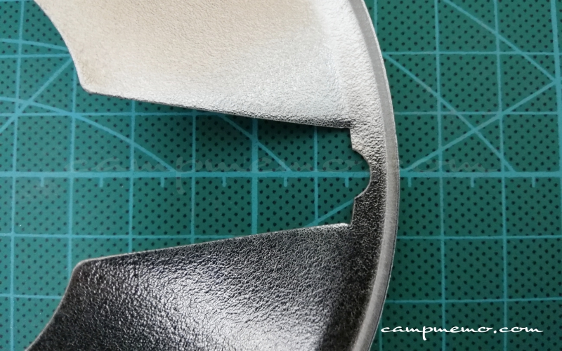 ST-310遮熱板の加工精度