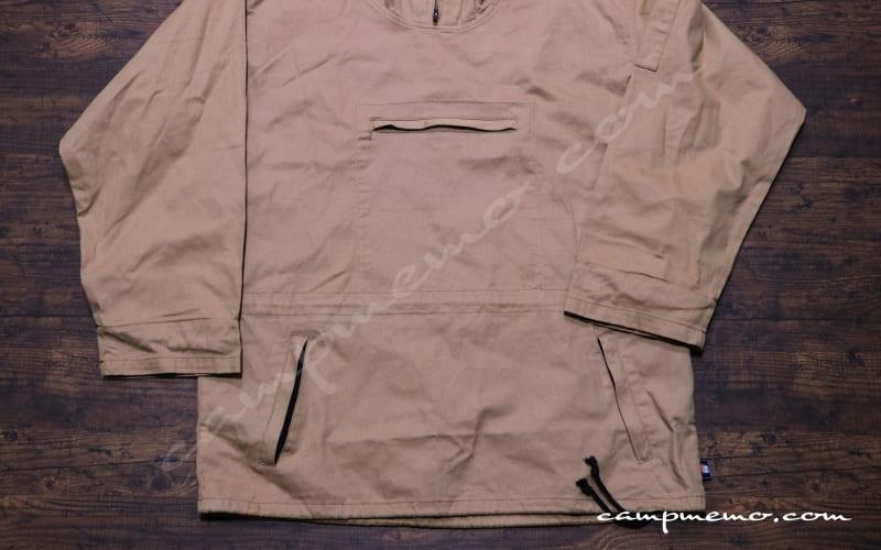 綿かぶりヤッケのカンガルーポケット