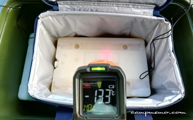 デイリークーラー内上部の氷点下パック表面温度-13.3℃