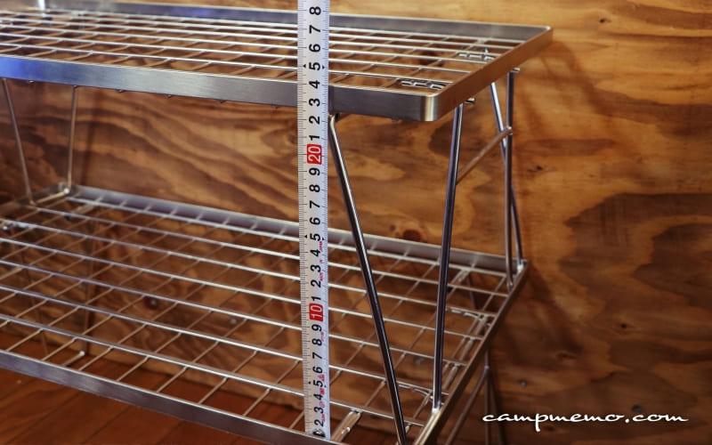 キャンピングムーンのフィールドラックは使用時の高さ